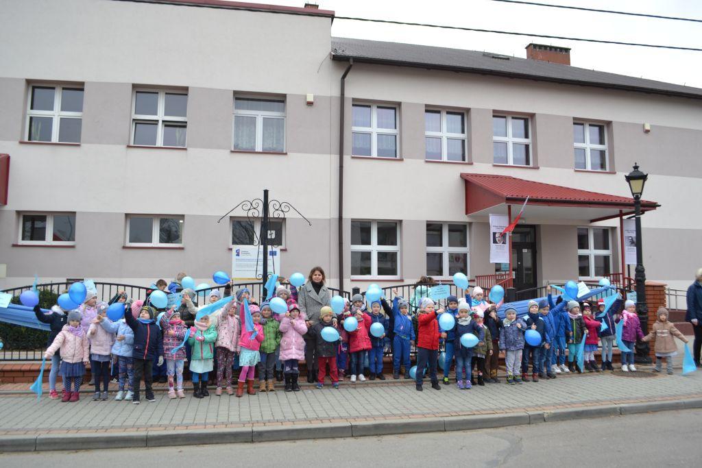 Przedszkolaki świętują Międzynarodowy Dzień Praw Dziecka.