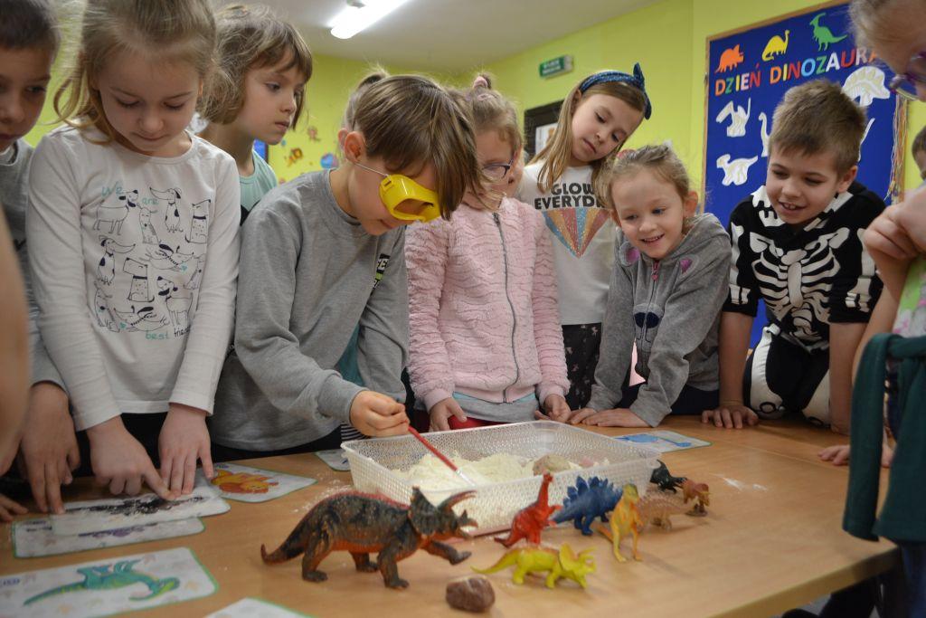 Dzień Dinozaura u Biedronek.